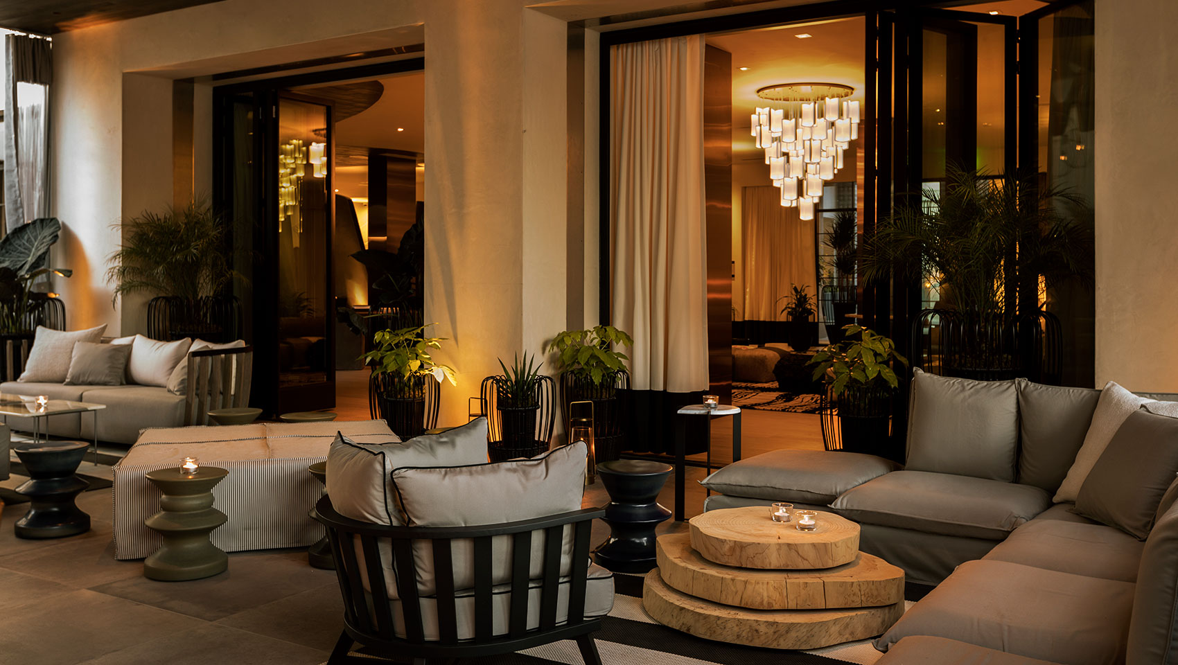 kimpton los angeles la peer hotel outdoor lounge