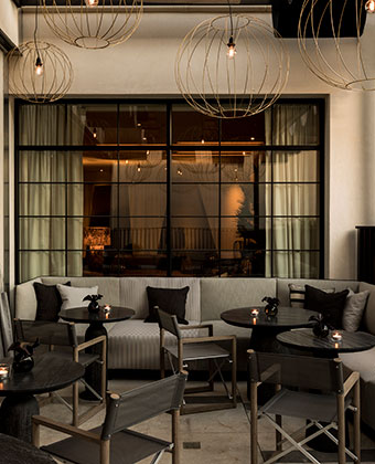kimpton los angeles la peer hotel outdoor patio lounge